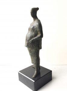 Joop Hekman, 'Zwanger vrouwtje' 1957, brons, 27 cm h Joop Hekman, 'Zwanger vrouwtje' 1957, brons, 27 cm h Joop Hekman, 'Zwanger vrouwtje' 1957, brons, 27 cm h