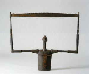 Die Siegerin 1998, unicum, keramiek 110 cm h