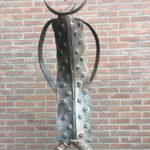 la Chica de los lazos, brons, 144 cm h, ed. 4 / 8