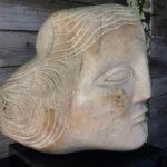 Francesca Zijlstra, 'Bella' moederbeeld', zandsteen/gneis, 31x 23 x 33 cm h x b x d